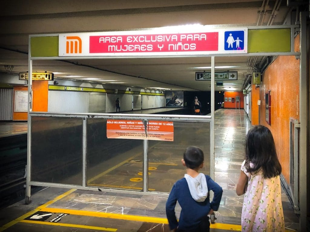 A women and children only waiting area at the Mexico City subway